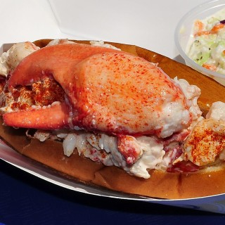 Quoddy Bay Lobster Roll
